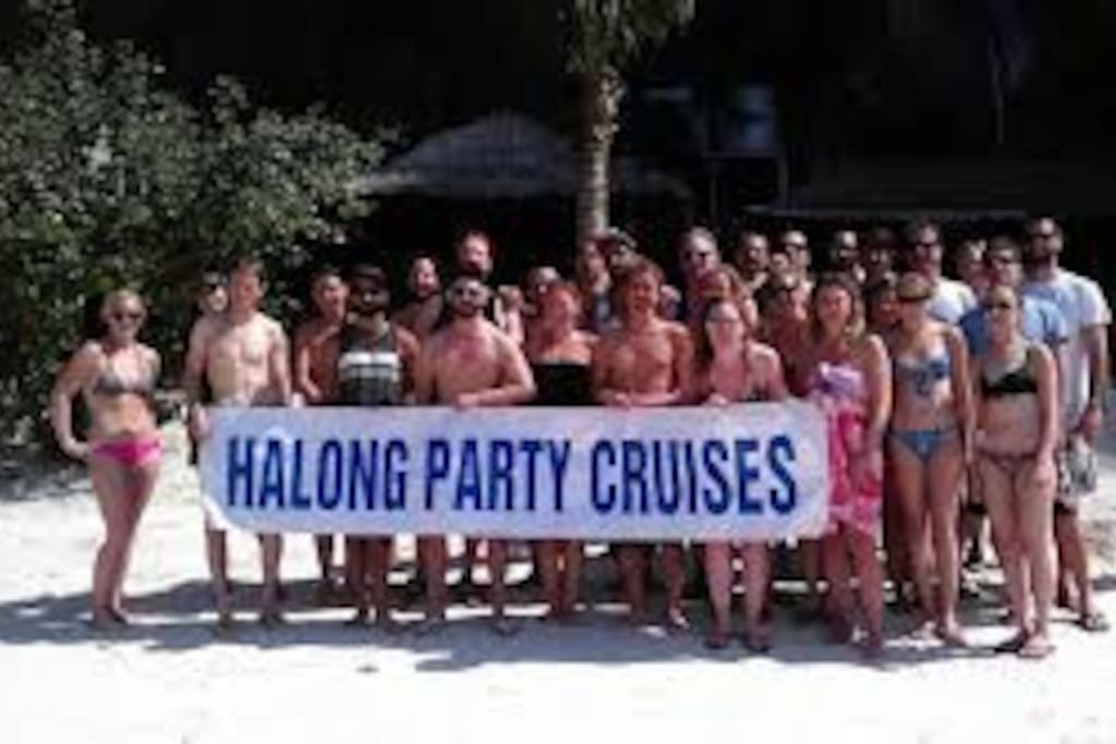 Halong Party Cruise Group