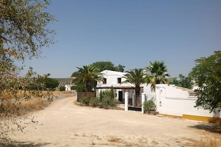 Country house with private pool. - Herrera, Seville. - Apartamento