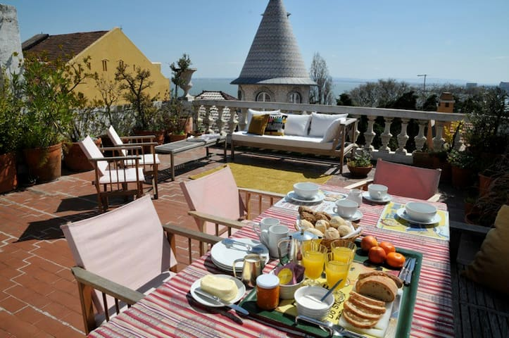 Lapa Terrace, Luxury Apartment - Lisbon - Apartment