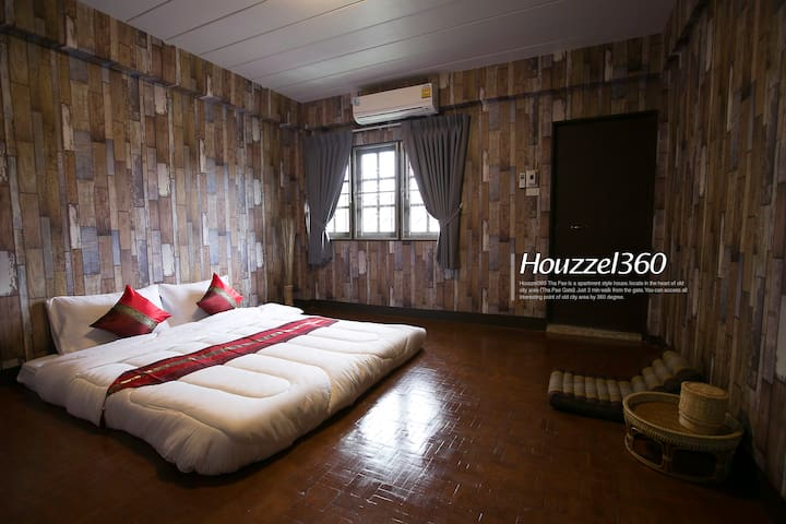 #2 Best Location OIdCity ThaPhaeGate Bed&Breakfast