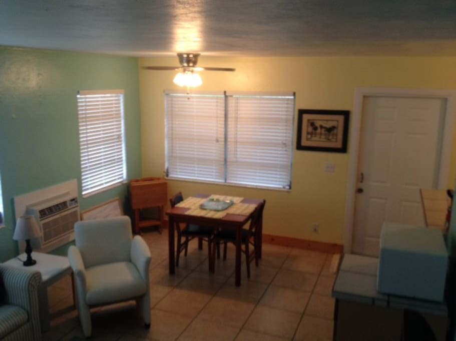 Tropical Paradise Apartments For Rent In Cape Coral Florida United States