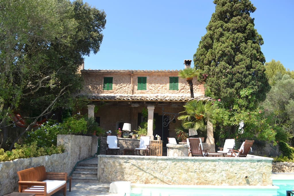 View of the house from the pool