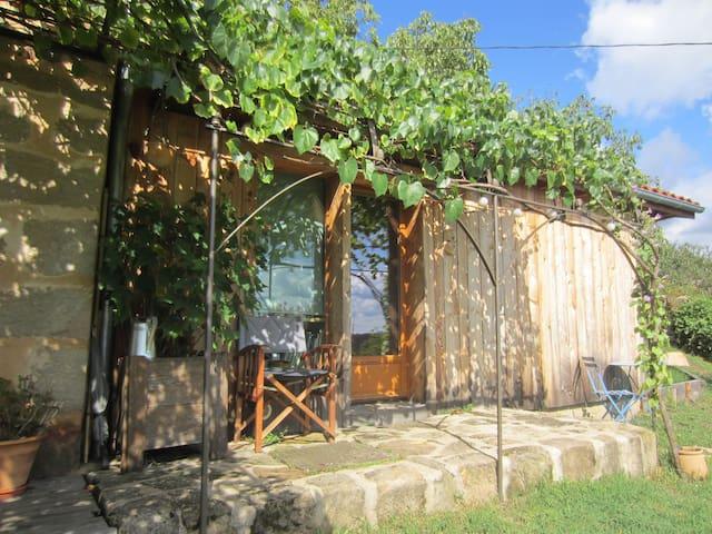 Chambre écologique proche de Figeac - Planioles - Earth House