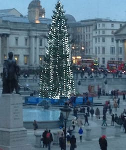 Superb Flat  Trafalgar Square