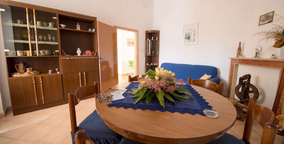 La Rosa - camera matrimoniale - Sedilo - House