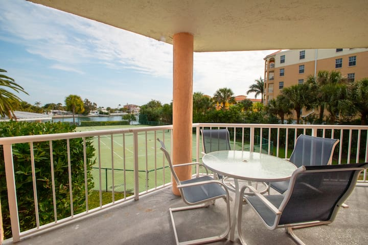Waterviews, Free WiFi, Free on-site parking