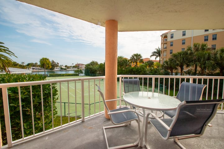 006 /BEACH/Updated/Location/Tons of Amenities