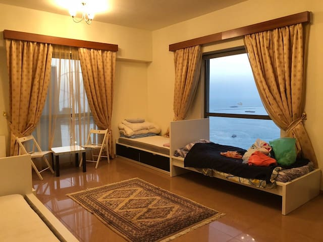 Amazing sea view ladies serviced apartment in JBR