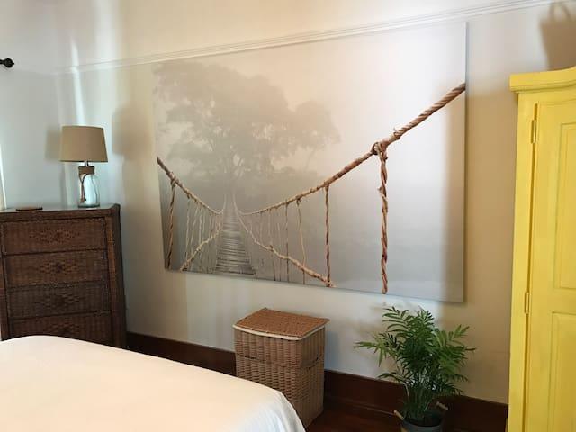 Classic Hemingway Style 1 BR apt in Tarpon Springs - Tarpon Springs - Appartement