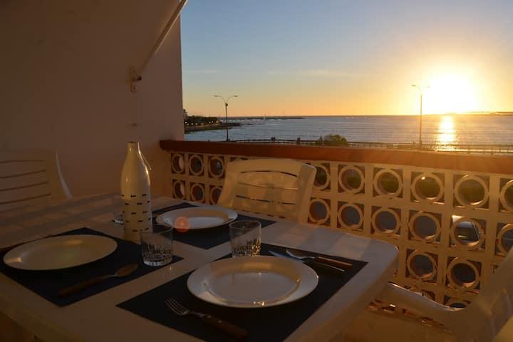 Apartamento frente al mar con una vista increible!
