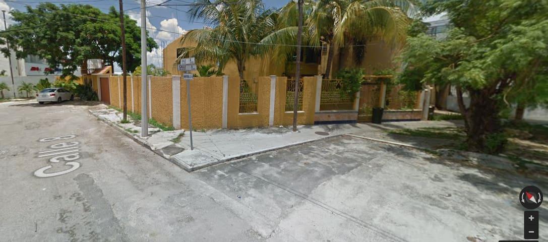 ADO Altabrisa (frente starmedica)-plaza uptown  #3