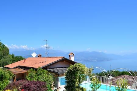 La Dolce Villa aan het Lago Maggiore Stresa - Magognino - Villa