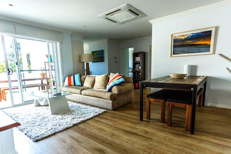 Modern Apartment, Double Private Rm - Brookvale - Departamento