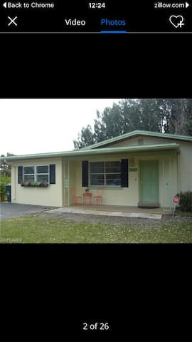 Entire Home close to Downtown and River District - Fort Myers - Hus