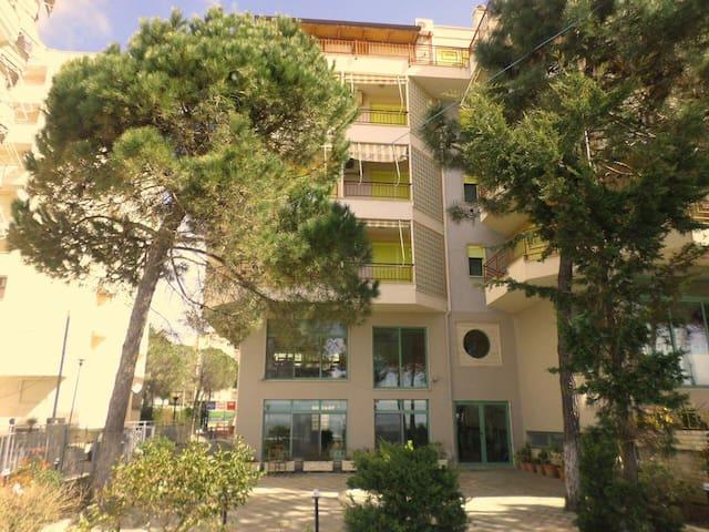 Apartment 31,6 m2, Albania, Durres, Golem-Bich - Golem - Apartmen perkhidmatan