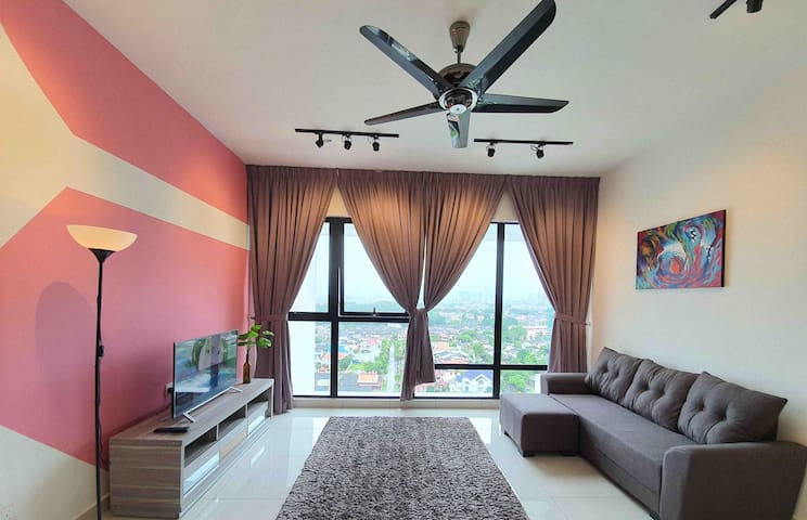 Southkey Mosaic 1 bedroom/ 5 min walk to MidValley