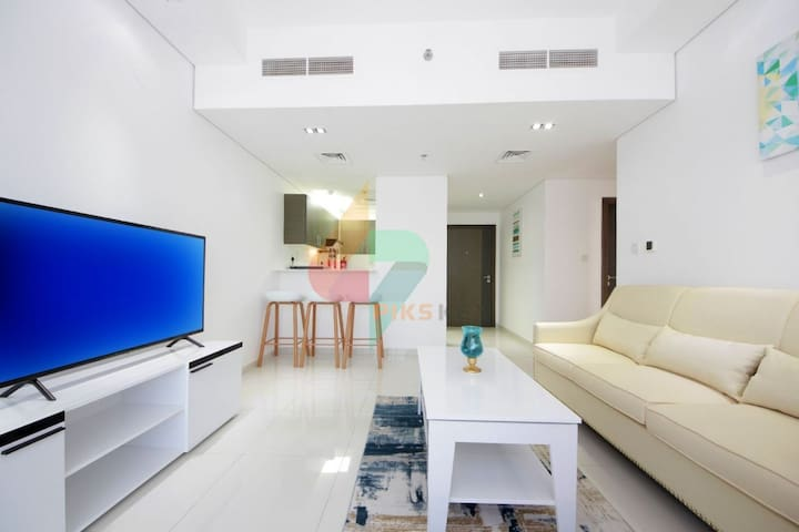 Sublime Quality 1BR Apt. in Topaz Residence 1, DSO