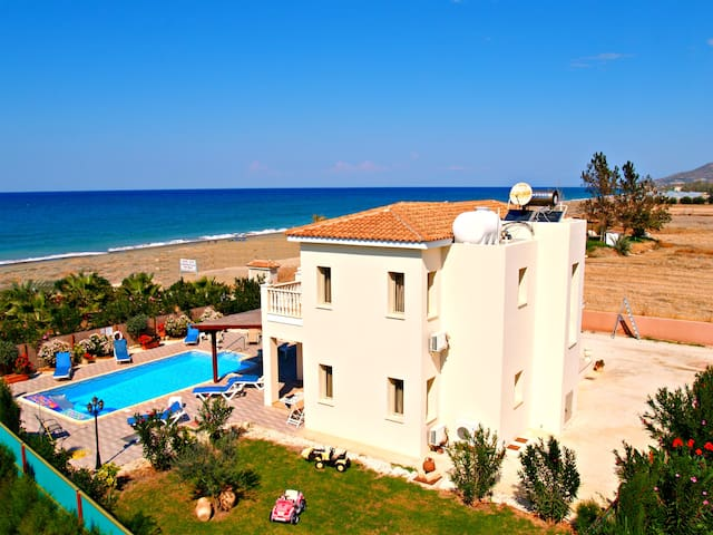 Front Line 4 Bedroom Villa - Panoramic Sea Views - Poli Crysochous - Villa