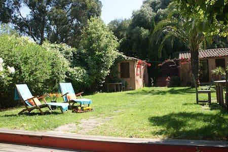 Maison avec jardin dans le village de Porquerolles - Hyeres