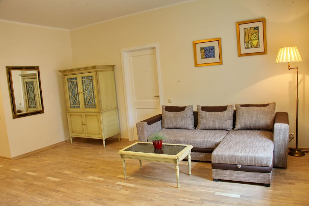 Guest room with cosy sofa