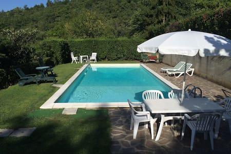 Casa con piscina campagna Mugello - scarperia - House