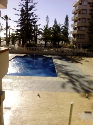 Apartamento en urbanización privada - Motril - Flat