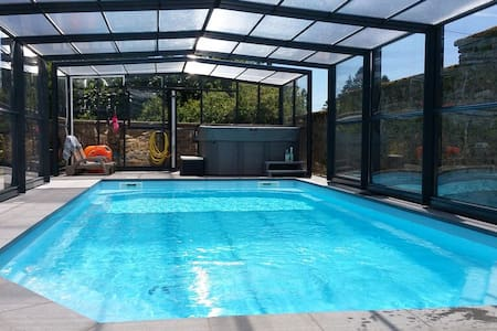 "GITE PISCINE & SPA-SAUNA ""Le point du Jour"" ALL-IN - Maubert-Fontaine - Casa"