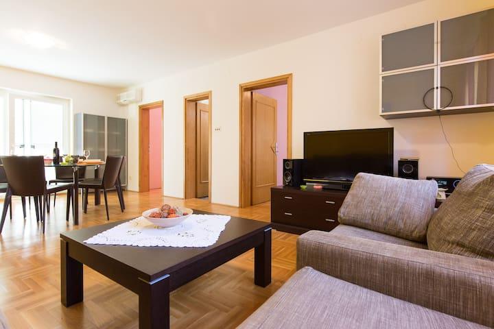 Apartment  LILI  Vantačići-Malinska,