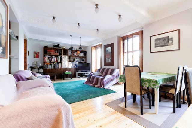 Airbnb Fútbol Emotion Madrid Vacation Rentals Places