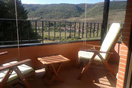 Precioso apartamento dúplex, ático - Zorraquin-Ezcaray - Lejlighed