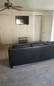 Comphy place located like 5 to 10 min downtown gaslamp and way cheaper there nice twin bunk beds and you have a closet to hang up clothes welcome to use washer n dryer use wifi cook in the kitchen direct tv