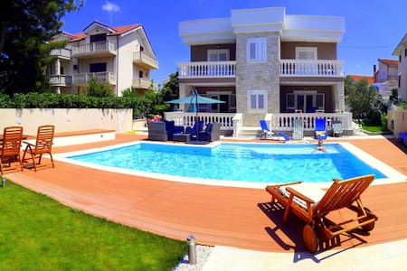 Pool Apartment - studio (2+1) - Vodice - Apartament