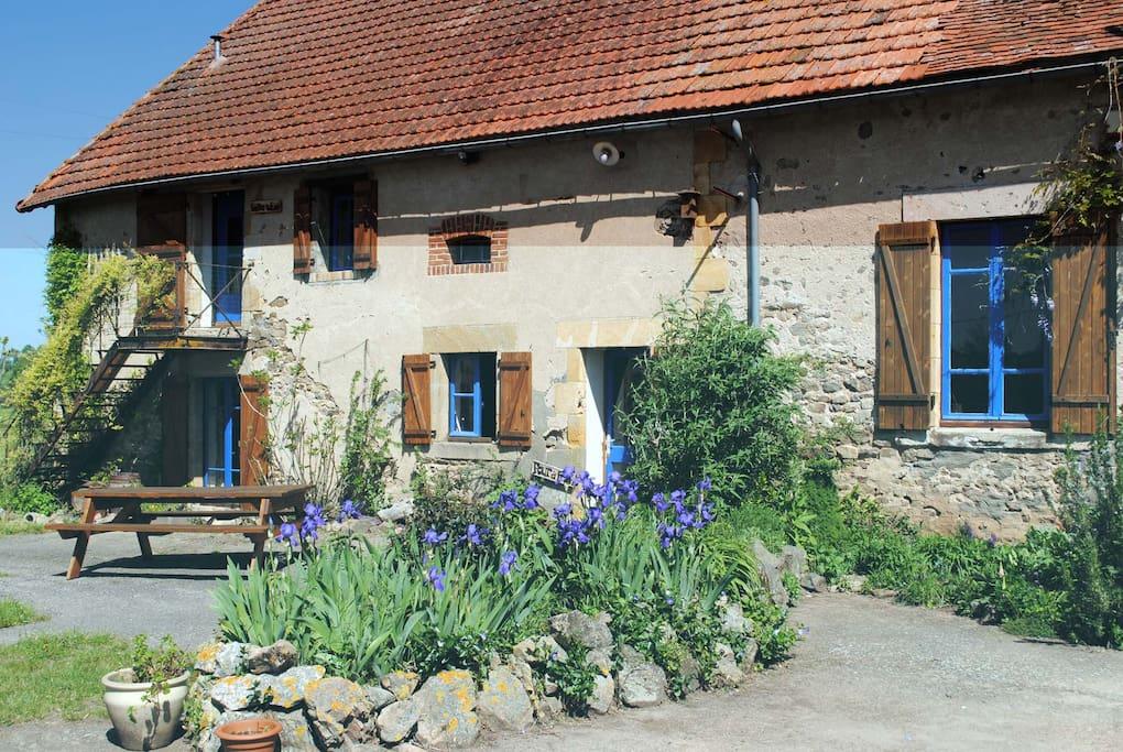 Lichte g te met fraai uitzicht vakantieboerderij te huur for Buitentrap te koop