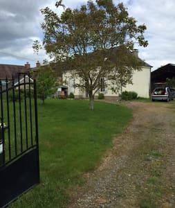 Maison de Campagne - La Bazoge