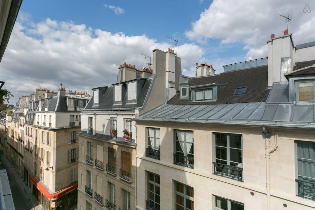 Charmant appart au coeur de paris appartements louer for Appart hotel paris location au mois