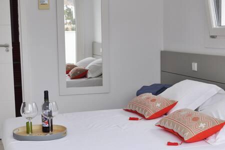 Moderno apartamento con vistas y WIFI