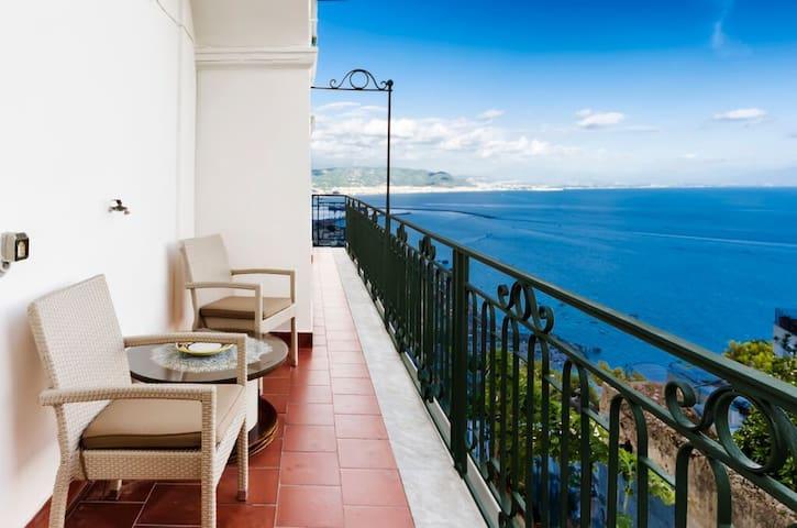 Residence Mareluna - Amalfi Coast - Vietri Sul Mare