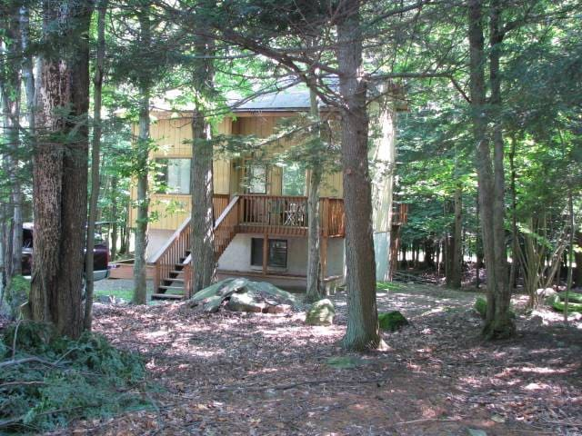 Affordable Pocono Getaway - Lake - Huis