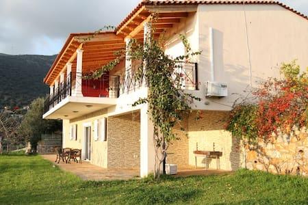 Beach Front Villa in Evia - Αγ. Δημητριος Αλμυροποτάμου