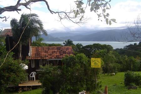 Cabana no Ribeirão da ilha -Floripa - Florianópolis - Sommerhus/hytte