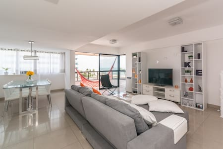 Confortable bedroom-ocean front apt - Recife