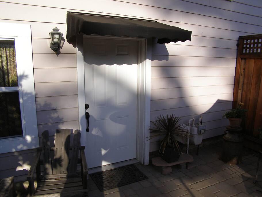 Guest unit entrance