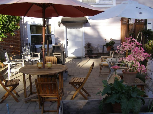 Private guest unit with patio - Fremont - Apartamento