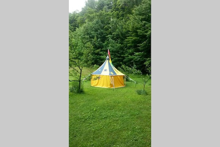 Camping site at evernest 4 - Jamaica - Tent