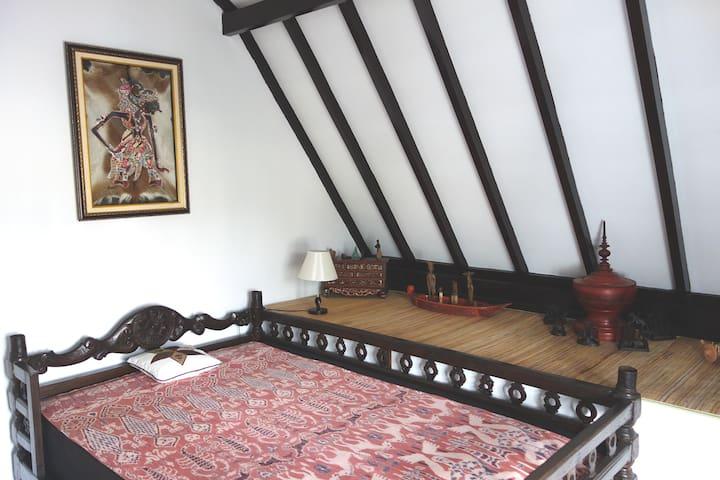 1large bedroom, charm, cozy, Malang - Malang - Casa