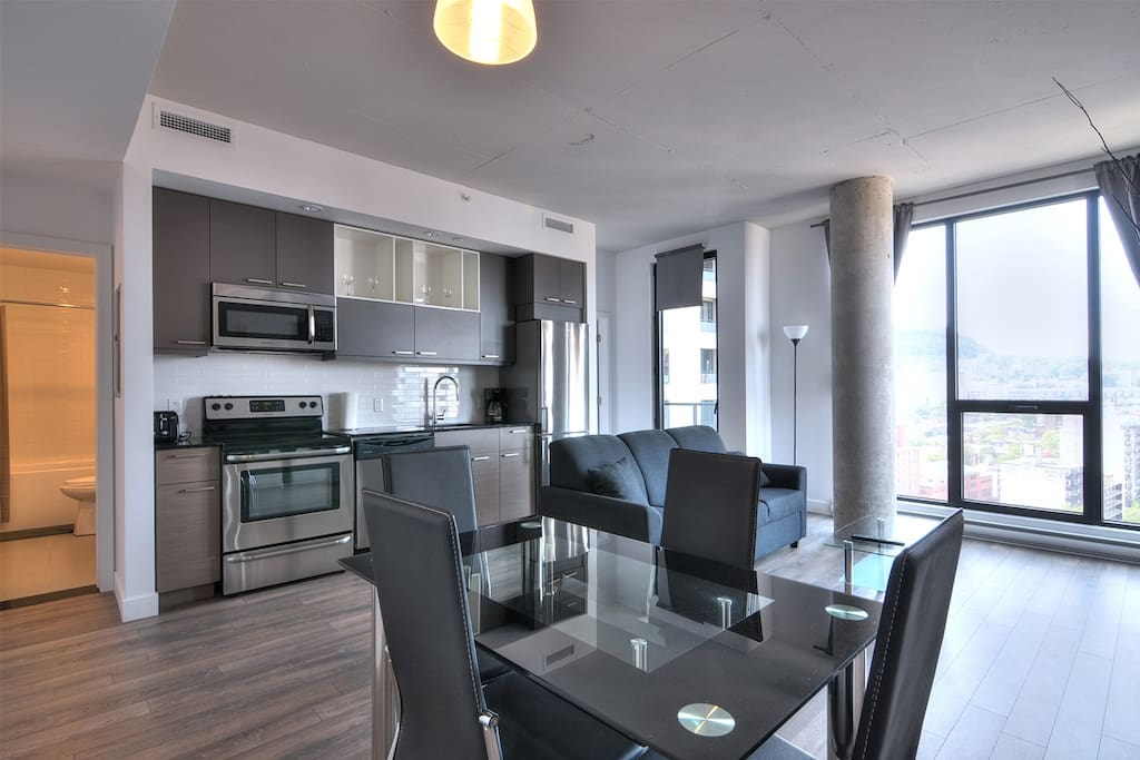 New Downtown Condo W Views Wifi 01 Apartments For Rent In Montr Al Qu Bec Canada