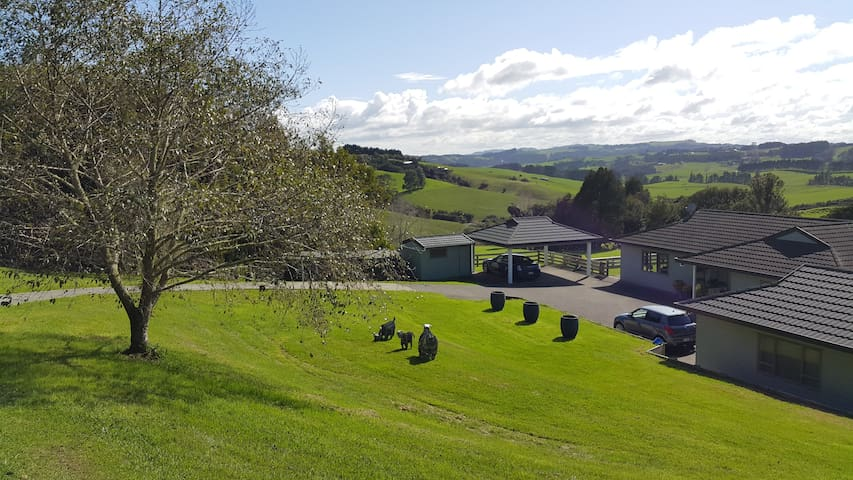 Peaceful country living - Kaukapakapa - Bed & Breakfast