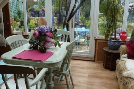 Riad in the Wolds - Single Room - Brookenby - Bed & Breakfast