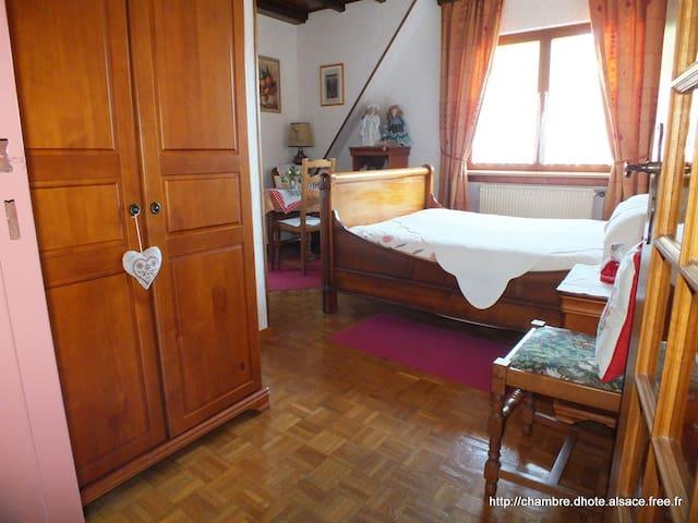 Ch d'hôte Danièle & Hervé, Myrtille - Soultzbach-les-Bains - ที่พักพร้อมอาหารเช้า