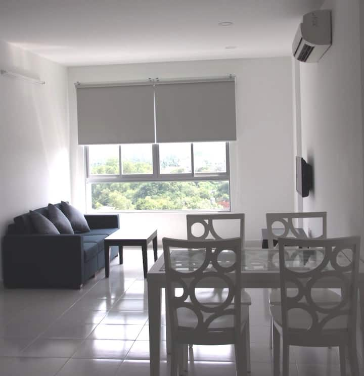 GREAT VALUE DELUXE 2 BR FOR 4 + POOL